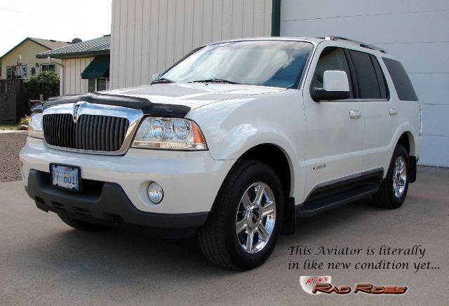 2004 Lincoln Aviator for sale at Ron's Rad Rides LLC in Elk River MN
