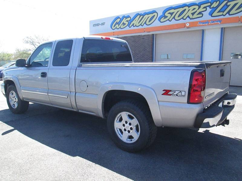 2006 Chevrolet Silverado 1500 for sale at CJ's Auto Store LTD in Toledo OH
