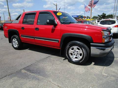 2003 Chevrolet Avalanche for sale at CJ's Auto Store LTD in Toledo OH