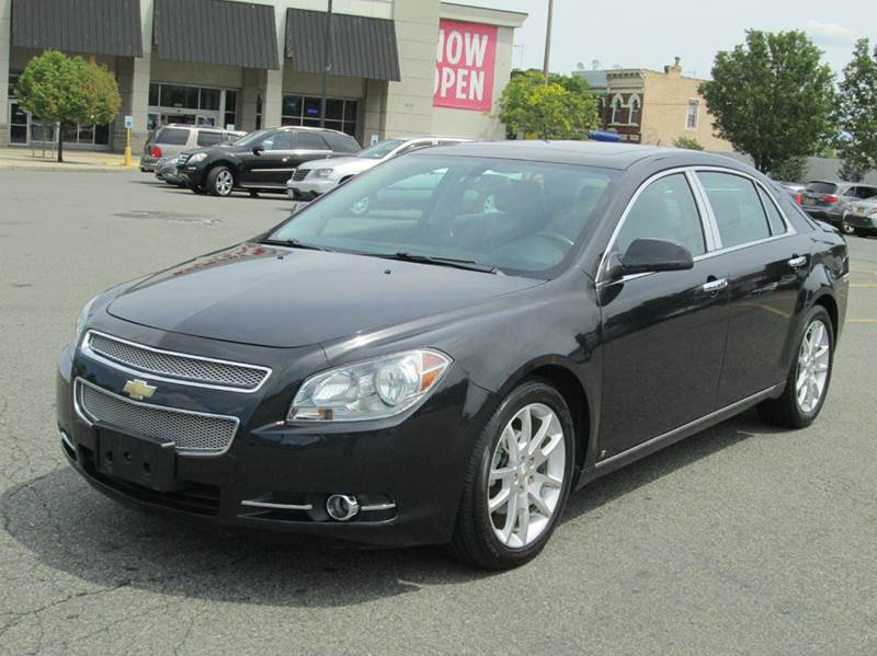 2009 Chevrolet Malibu for sale at HI CLASS AUTO SALES in Staten Island NY