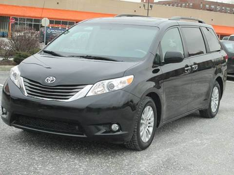 2014 Toyota Sienna for sale at HI CLASS AUTO SALES in Staten Island NY