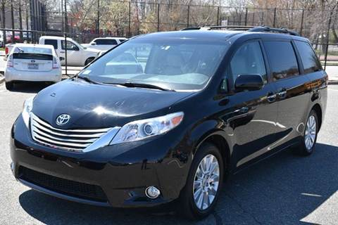 2011 Toyota Sienna for sale at HI CLASS AUTO SALES in Staten Island NY