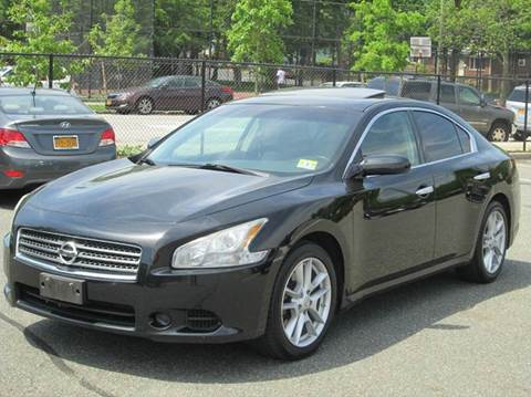 2009 Nissan Maxima for sale at HI CLASS AUTO SALES in Staten Island NY