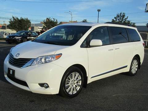 2012 Toyota Sienna for sale at HI CLASS AUTO SALES in Staten Island NY