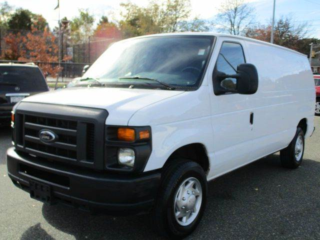 2013 Ford E-Series Cargo for sale at HI CLASS AUTO SALES in Staten Island NY