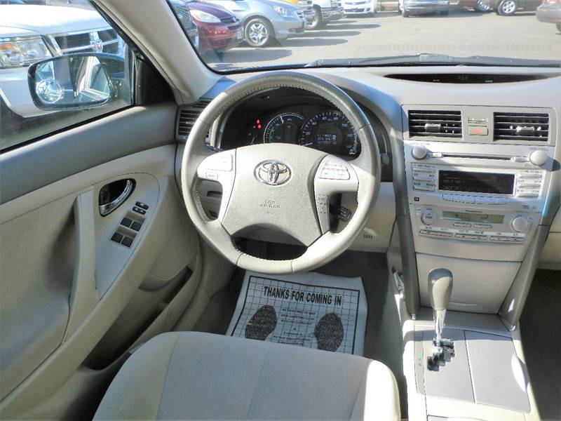 2011 Toyota Camry Hybrid 4dr Sedan - Salem OR