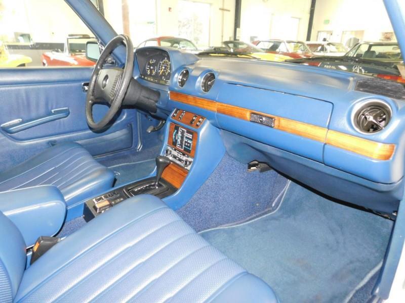 1979 Mercedes-Benz 300TD Wagon 12
