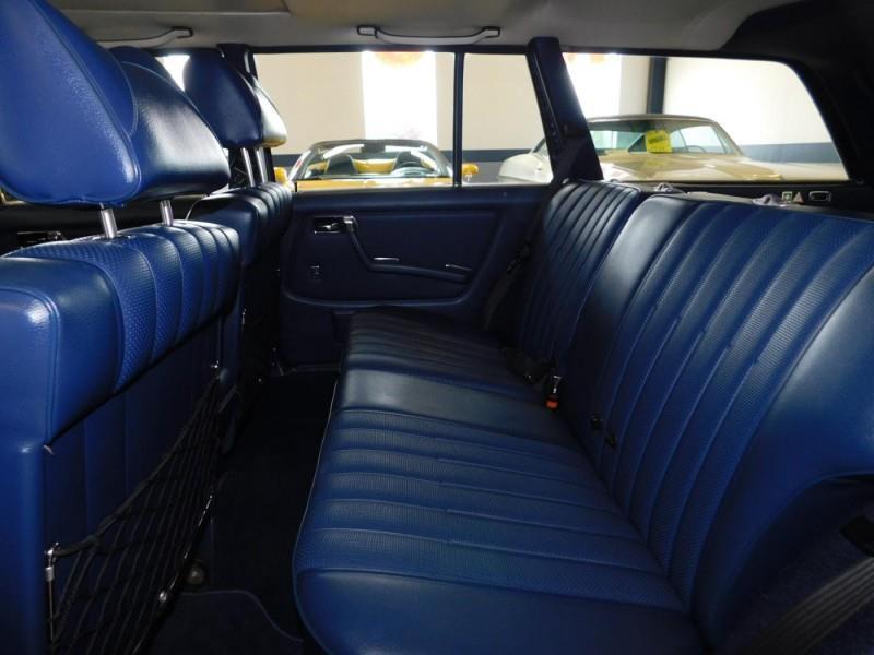 1979 Mercedes-Benz 300TD Wagon 10