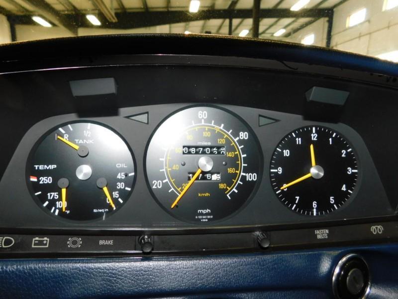 1979 Mercedes-Benz 300TD Wagon 8