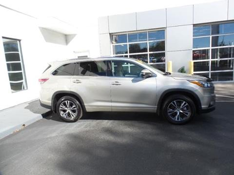 2016 Toyota Highlander for sale in Indianapolis, IN