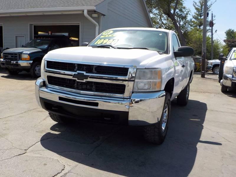 2007 Chevrolet Silverado 2500HD Work Truck 2dr Regular Cab 4WD LB - Council Bluffs IA