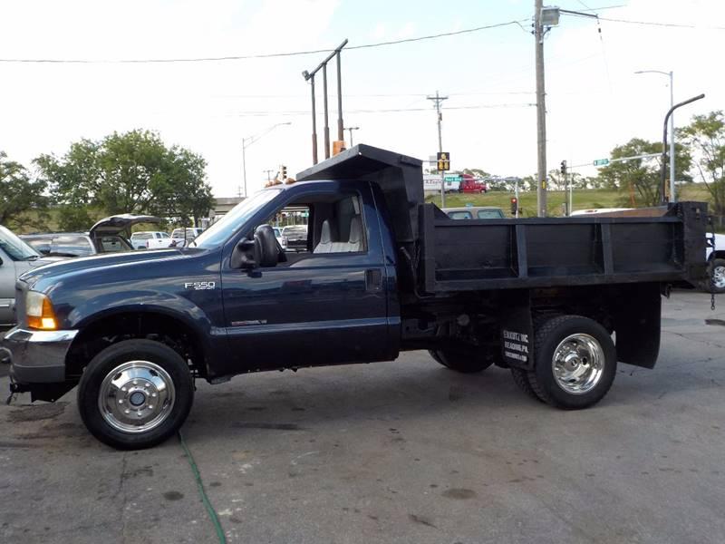 1999 Ford F-550 XL REGULAR CAB DUMPTRUCK 4X4 - Council Bluffs IA