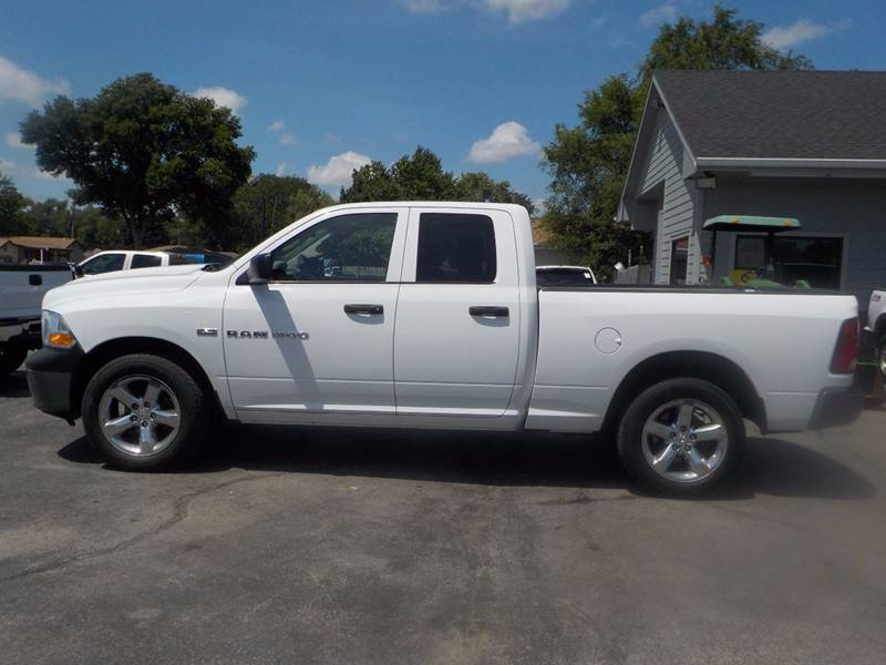 2011 RAM Ram Pickup 1500 4x4 ST 4dr Quad Cab 6.3 ft. SB Pickup - Council Bluffs IA