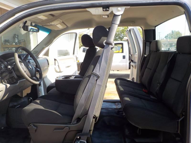2011 Chevrolet Silverado 2500HD 4x4 Work Truck 4dr Extended Cab SB - Council Bluffs IA