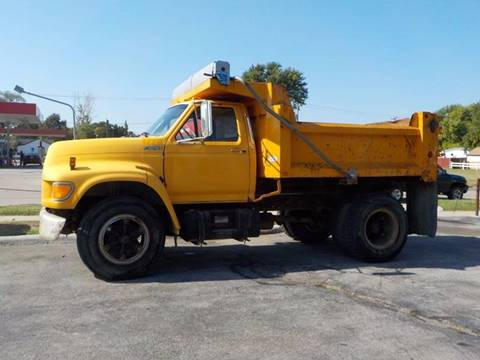 1998 Ford F-800 for sale in Council Bluffs, IA