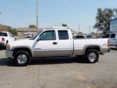 2000 GMC Sierra 2500 for sale in Council Bluffs, IA
