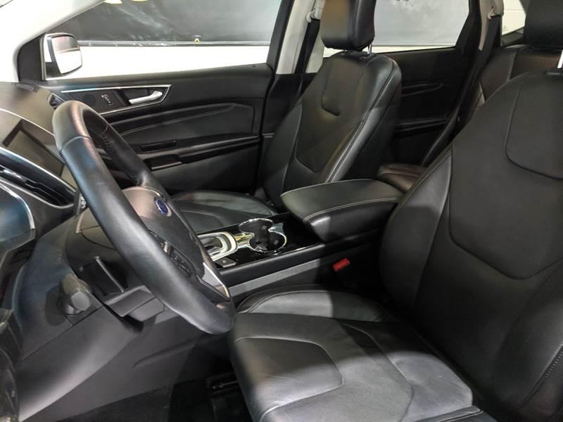 2015 Ford Edge
