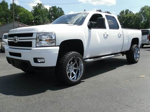 2007 Chevrolet Silverado 2500HD for sale at Brown's Used Auto in Belmont NC