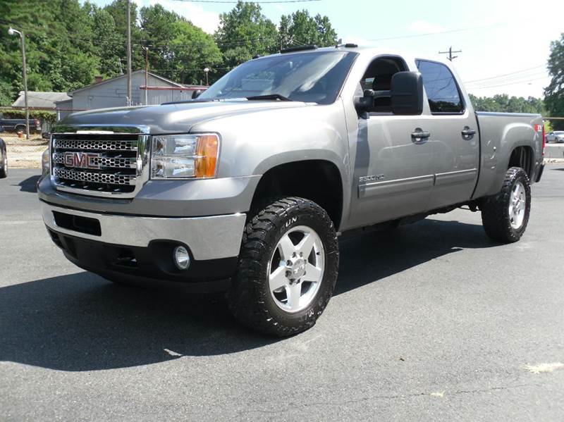 2014 GMC Sierra 2500HD for sale at Brown's Used Auto in Belmont NC