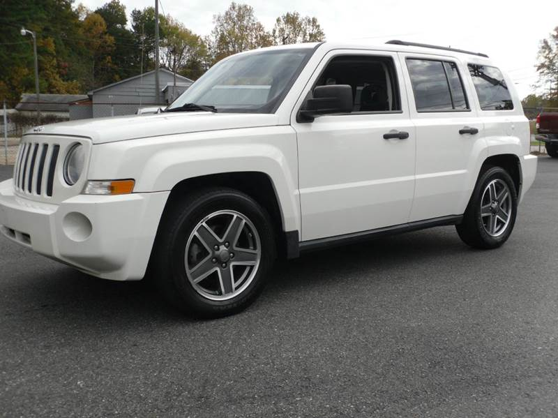 2009 Jeep Patriot for sale at Brown's Used Auto in Belmont NC