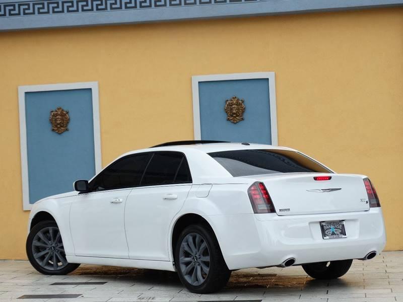 2014 Chrysler 300 AWD S 4dr Sedan - Lexington KY