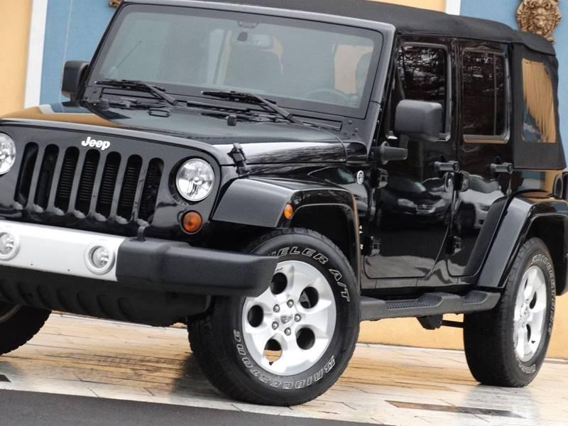 2013 Jeep Wrangler Unlimited 4x4 Sahara 4dr SUV - Lexington KY