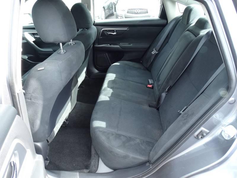 2015 Nissan Altima 2.5 S 4dr Sedan - Lexington KY