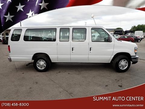 2014 Ford E-Series Wagon for sale in Summit, IL