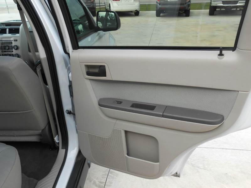 2011 Ford Escape XLT 4dr SUV - Austin TX