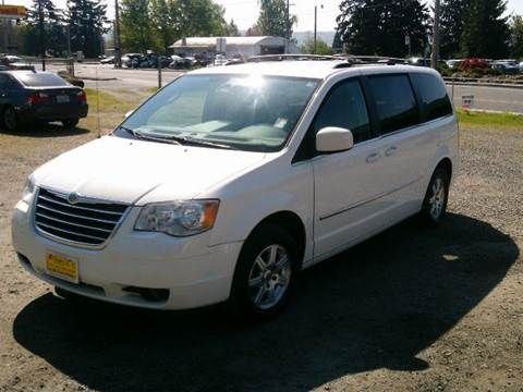 2009 Chrysler Town and Country for sale at Triple C Auto Brokers in Washougal WA