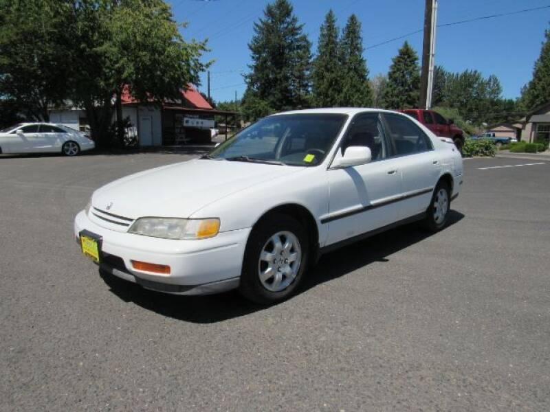 1994 Honda Accord LX 4dr Sedan