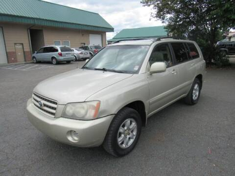 2002 Toyota Highlander for sale at Triple C Auto Brokers in Washougal WA