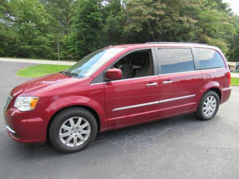 2011 Chrysler Town and Country Touring-L for sale at Dallas Auto Mart in Dallas GA