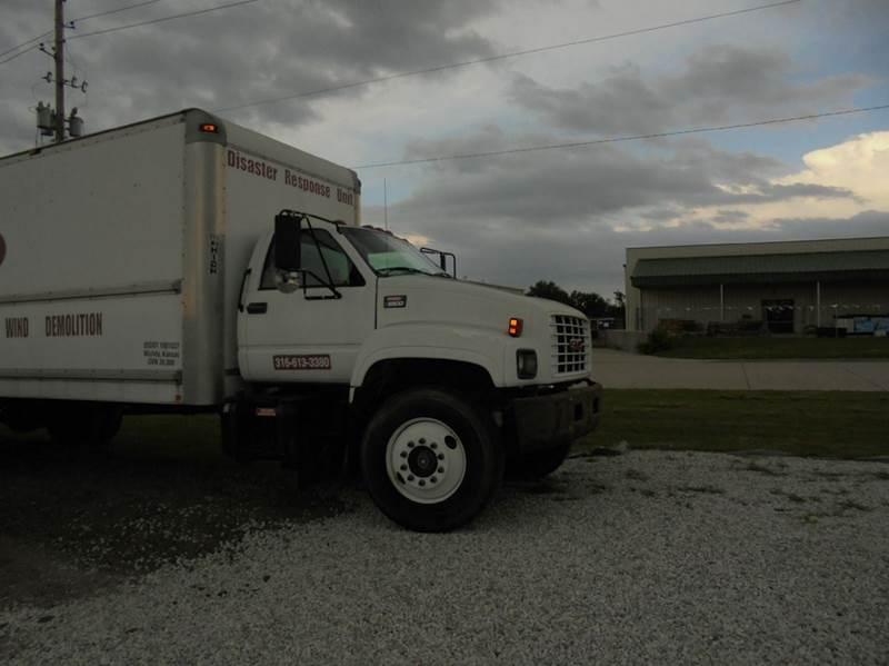 2002 GMC TOPKICK for sale at D & P Sales LLC in Wichita KS