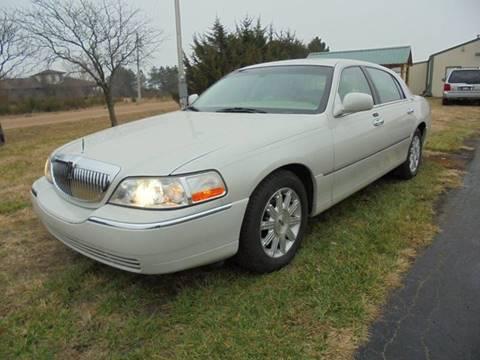 Lincoln Town Car For Sale In Wichita Ks Carsforsale Com