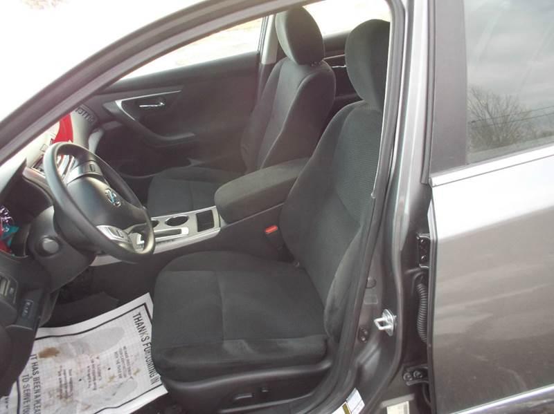 2015 Nissan Altima 2.5 4dr Sedan - Hermon ME