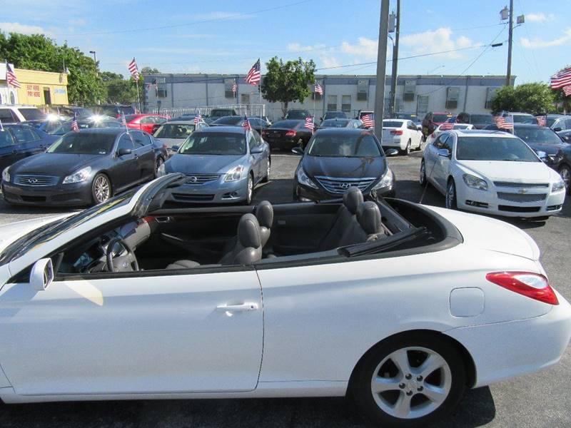 2006 Toyota Camry Solara SE V6 2dr Convertible - Miami FL