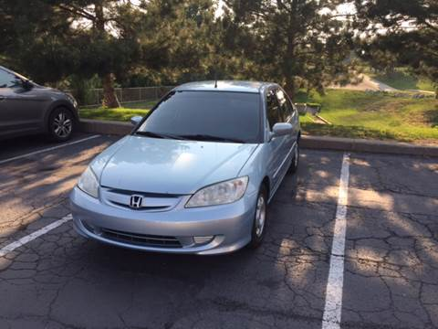 2005 Honda Civic for sale at QUEST MOTORS in Englewood CO