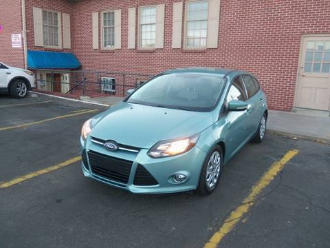 2012 Ford Focus for sale at QUEST MOTORS in Englewood CO