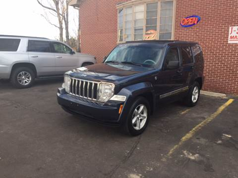 2008 Jeep Liberty for sale at QUEST MOTORS in Englewood CO
