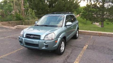 2008 Hyundai Tucson for sale at QUEST MOTORS in Englewood CO