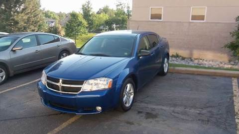 2009 Dodge Avenger for sale at QUEST MOTORS in Englewood CO