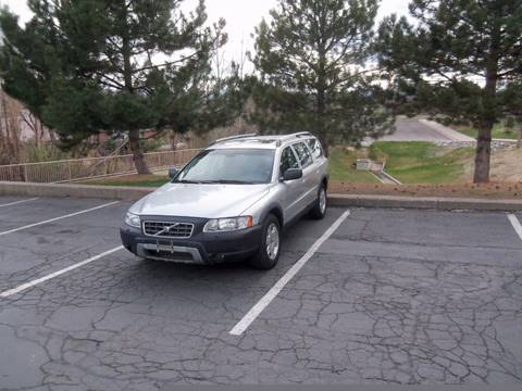 2005 Volvo XC70 for sale at QUEST MOTORS in Englewood CO
