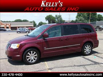 2009 Chrysler Town and Country for sale in Canton, OH