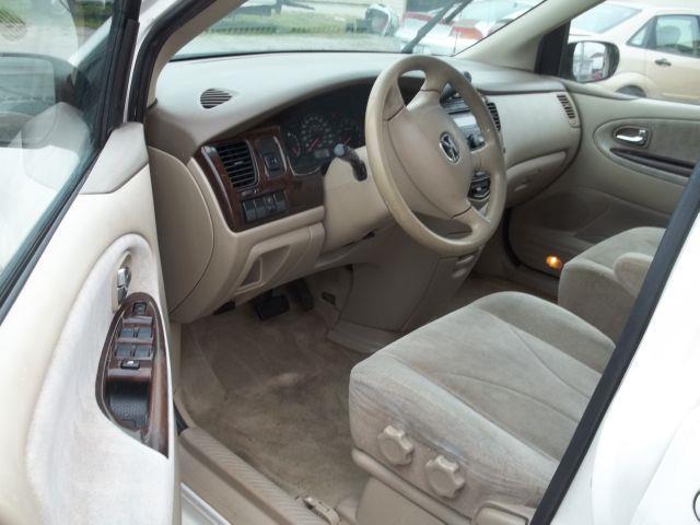2000 Mazda MPV DX - Louisville KY