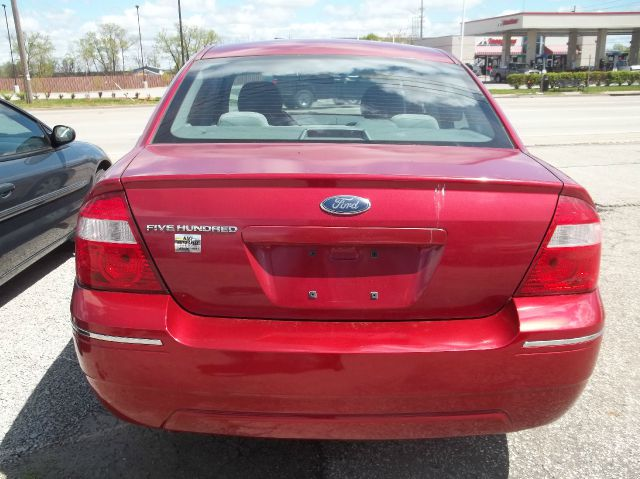 2005 Ford Five Hundred SE 4dr Sedan - Louisville KY