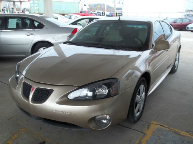 2005 Pontiac Grand Prix Base 4dr Sedan - Louisville KY