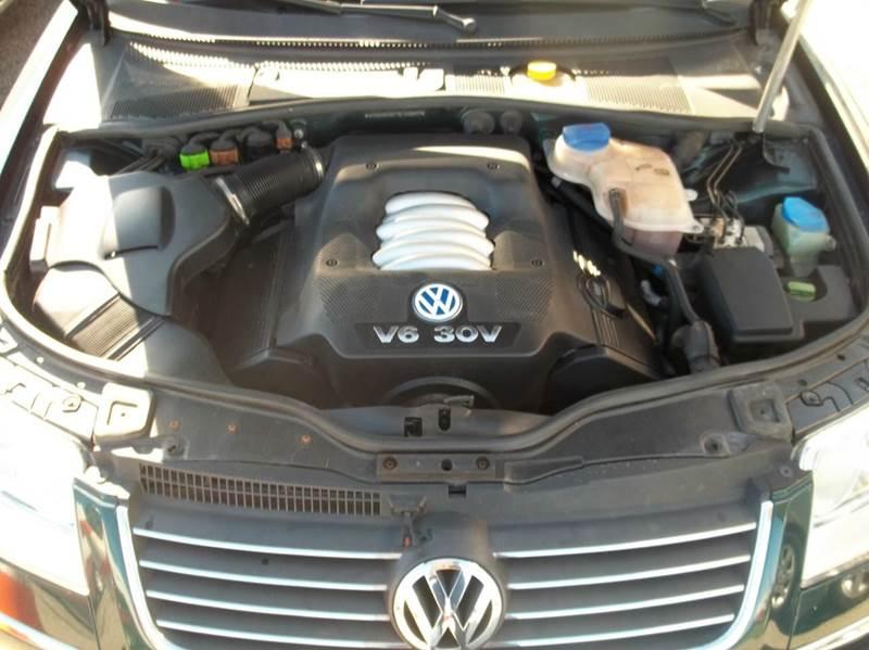 2001 Volkswagen Passat GLX V6 New 4dr Sedan - Louisville KY