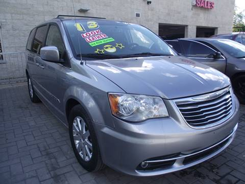 2013 Chrysler Town and Country for sale in Chicago, IL