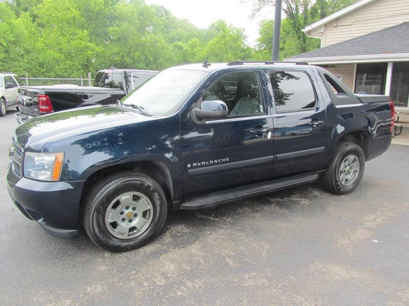 2007 Chevrolet Avalanche for sale at Best Buy Auto Sales of Northern IL in South Beloit IL